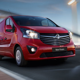 Vivaro van wins two What Van? awards at a ceremony in London.